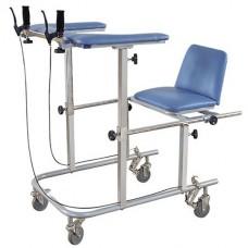 Инвалидное кресло со столиком 5609